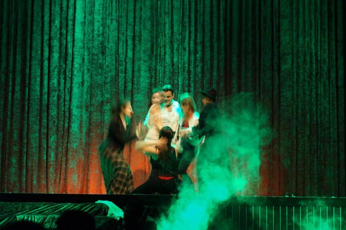 19 Moulin Rouge 15.jpg