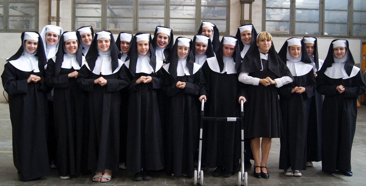 15 Sister Act 50.jpg