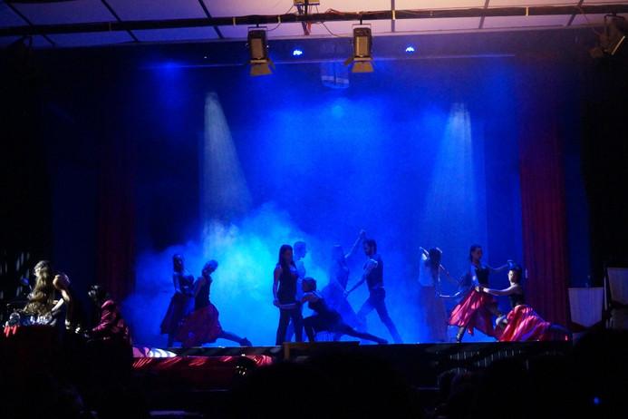 19 Moulin Rouge 12.jpg
