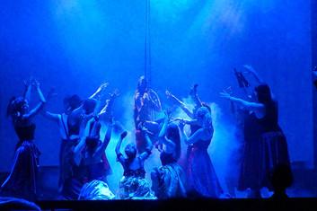19 Moulin Rouge 4.jpg