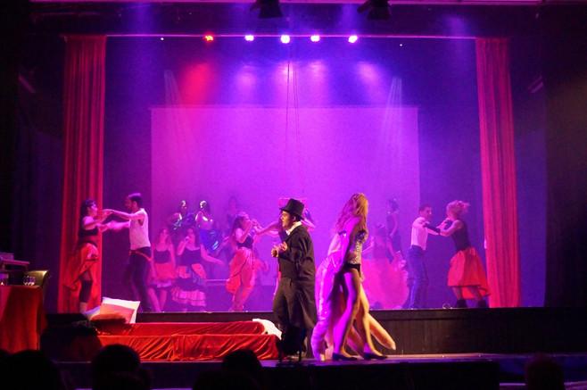 19 Moulin Rouge 25.jpg