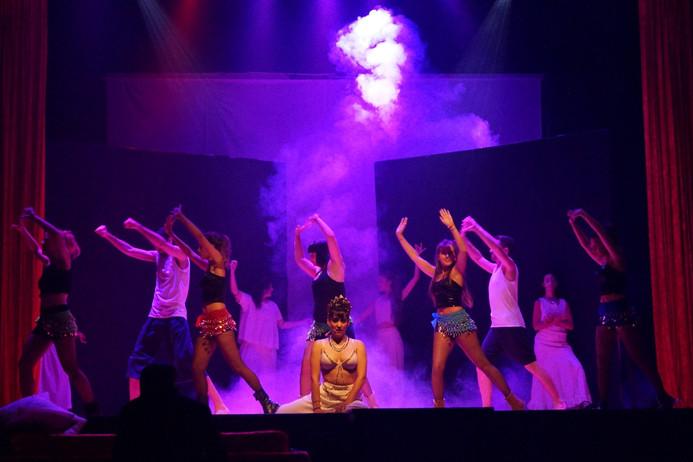 19 Moulin Rouge 49.jpg