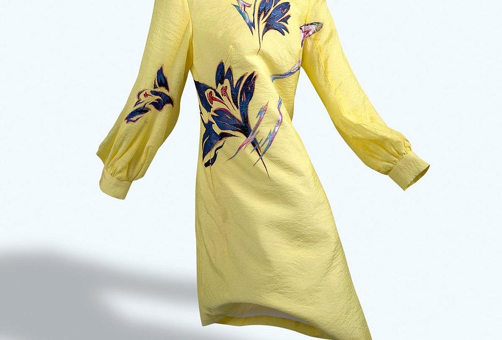 AMARYLLIS FLOWERS-PAINTED YELLOW A-SHAPE DRESS