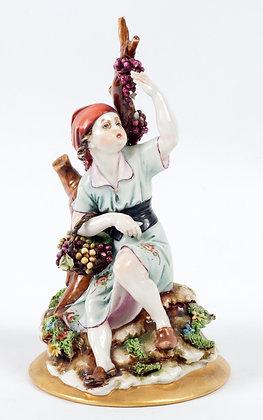 Capodimonte - Girl Picking Grapes