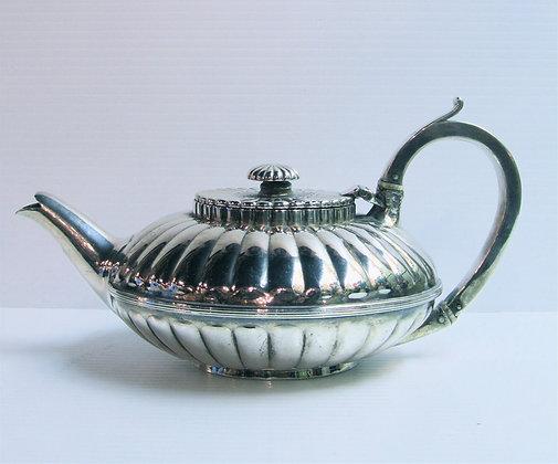 English Silver - Tea Pot Thomas Harper