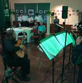 El Maestro Jose Luis Rivera y un extraordinario grupo de voces villalbeñas