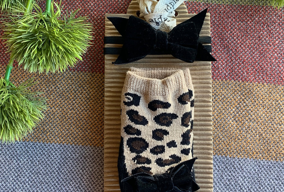 Leopard Socks and Bow Set