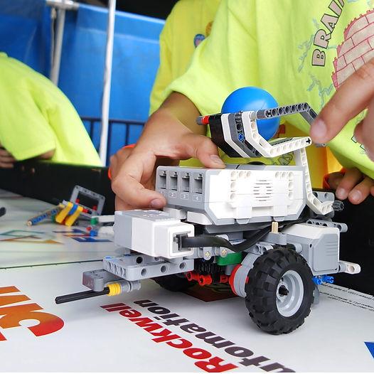 Mindstorms-Robotics.jpg