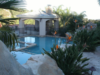 Pool & Spa with RicoRock