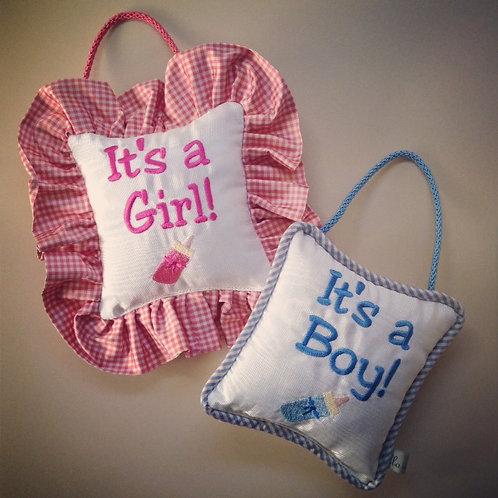 """""""It's a Girl/Boy"""" Door Pillow (Pillow Talk)"""