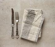 folded-linen-napkin-PPZDV6L-600x507.jpg