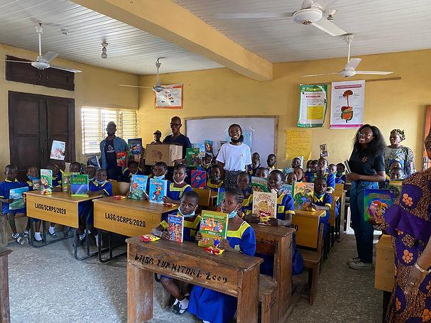 Nigerian School Picture.jpg
