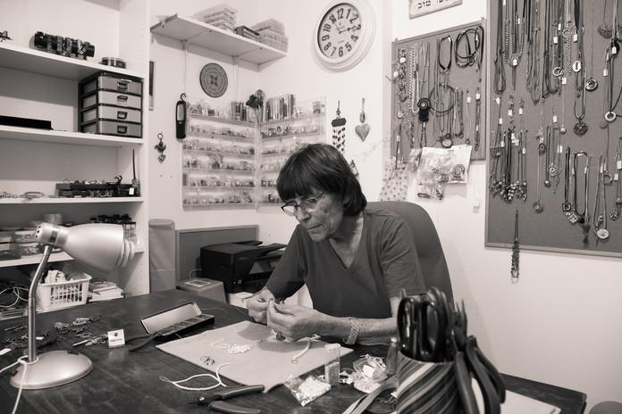 סדנאות יצירה בסטודיו אתי גילעד