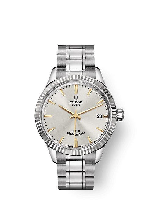 Tudor Style M12310-0005