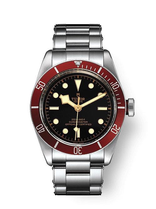 tudor-geneve-watch-addict-gva-black-bay-m79230r-0012-wear.