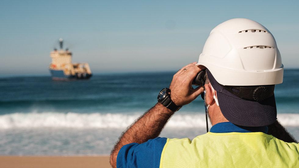 Cabo submarino transatlântico da EllaLink já ancorou em Portugal em Sines