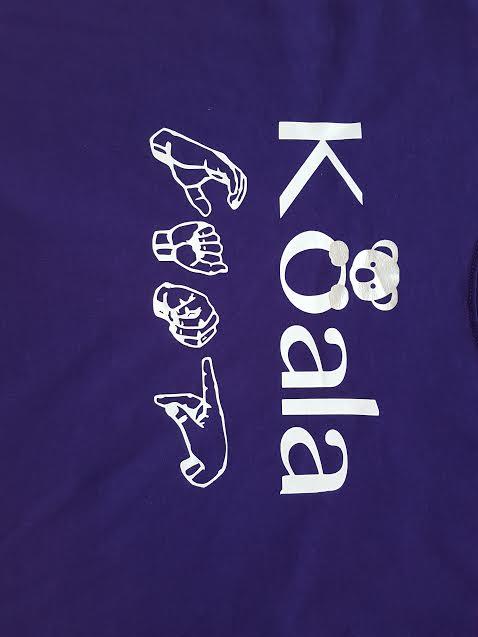 .T-Shirt Logo.b