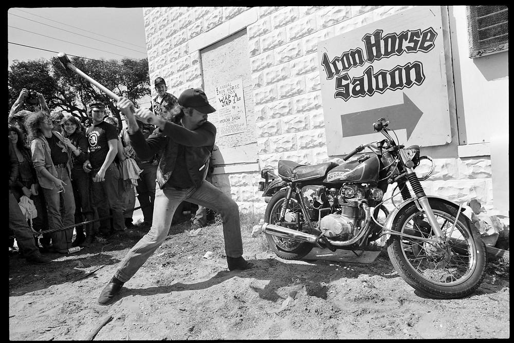 O famoso Iron Horse Saloon
