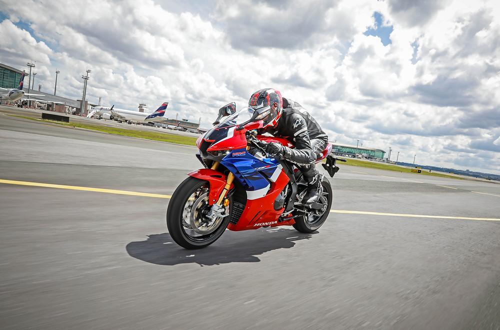 Honda CBR 1000 RR-R 2022 no Brasil