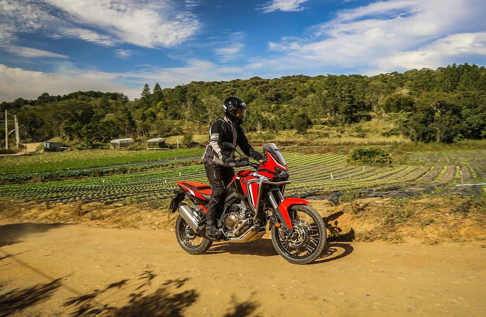 Versões da Africa Twin 1100 da Honda 2022
