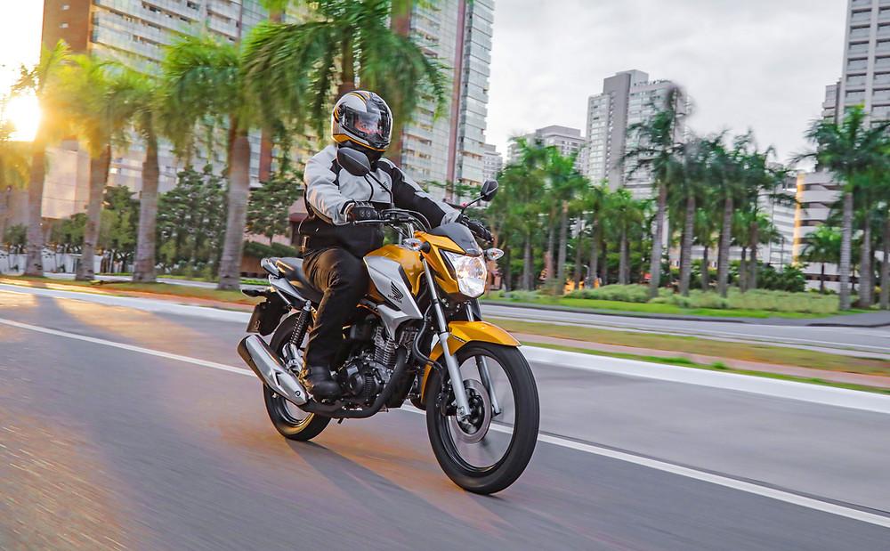Honda CG 160 2022 amarela laranja