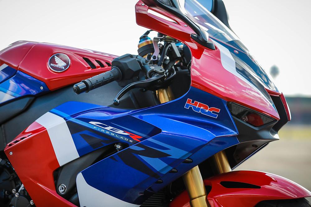 Frente da Honda CBR 1000 RR-R 2022