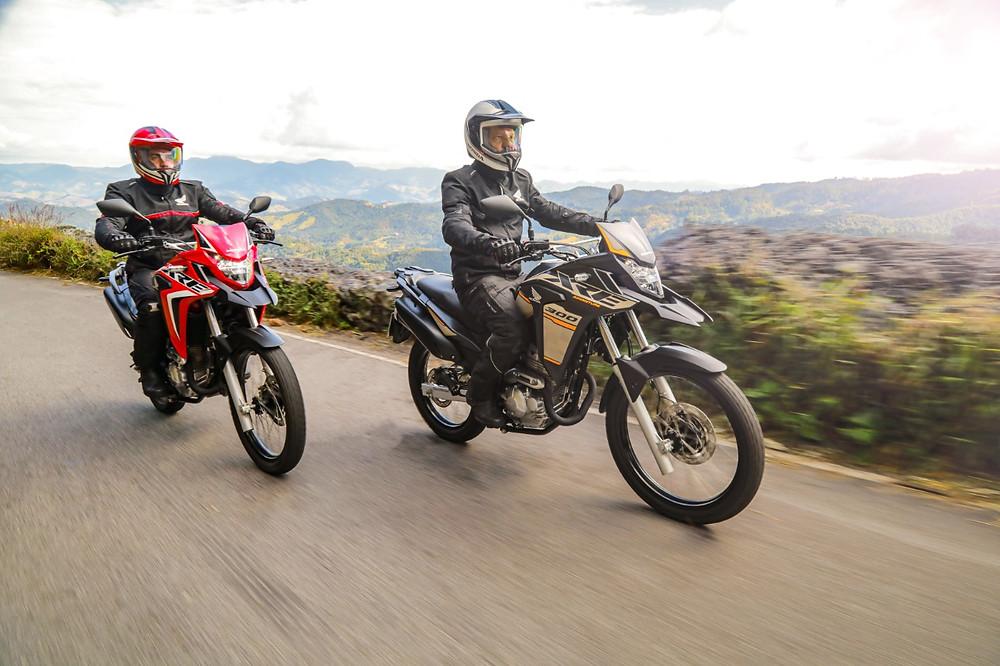 Frente da Honda XRE 300 2022