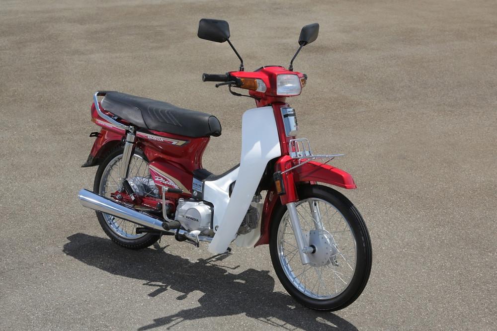 Honda C100 Dream 1992