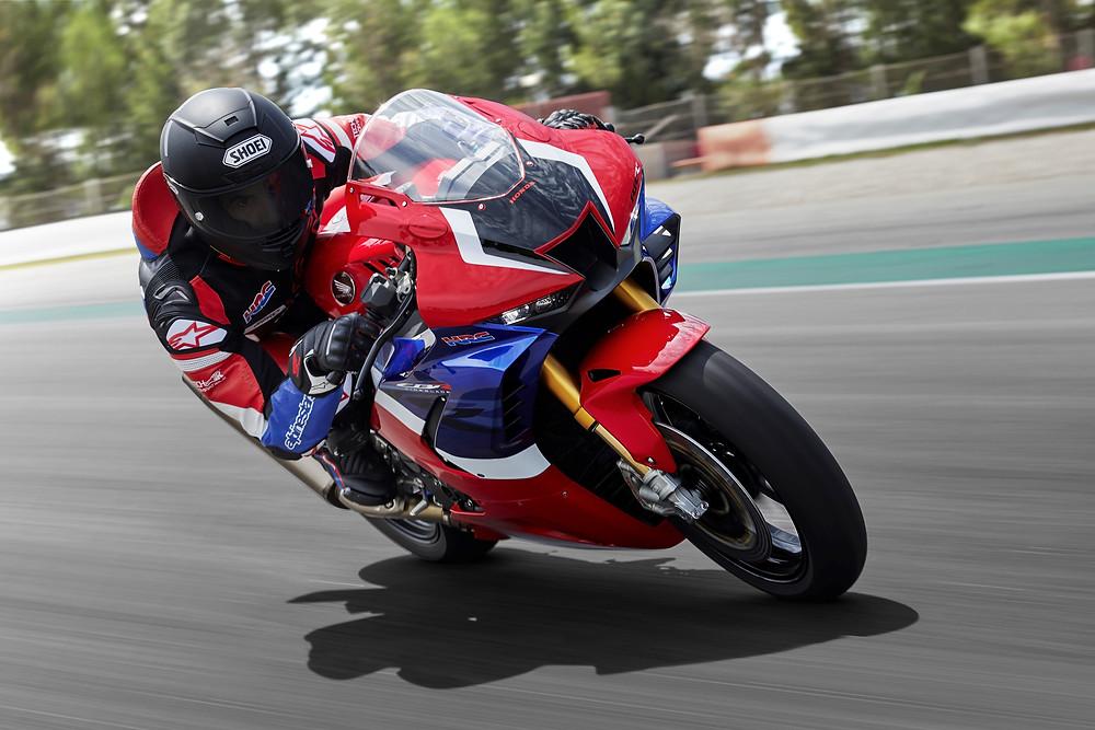 Frente da Honda CBR 1000RR-R 2022