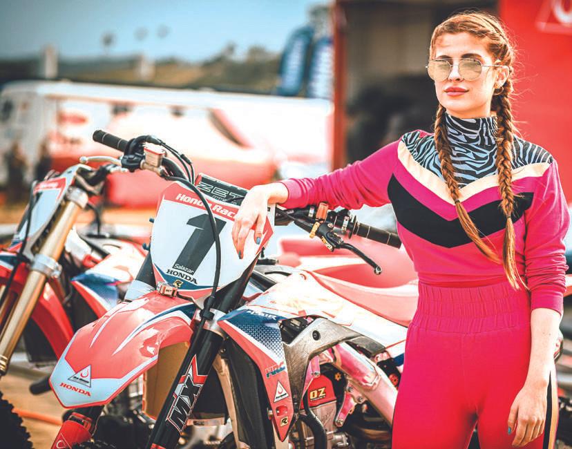 Bruna Altieri em Tração: filme brasileiro de motociclismo
