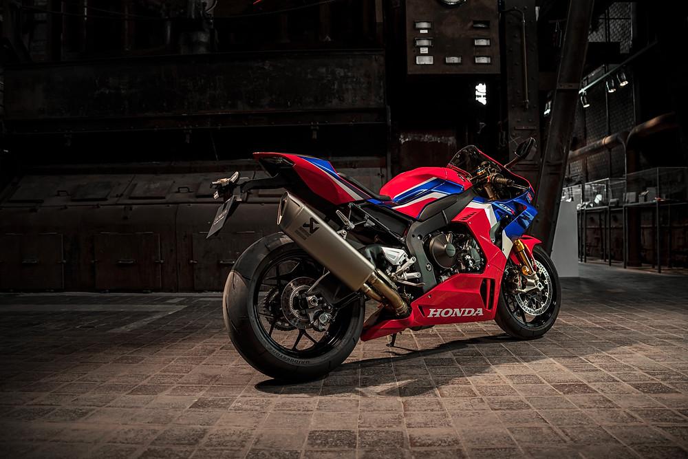 Preço da Honda CBR 1000RR-R 2022 no Brasil