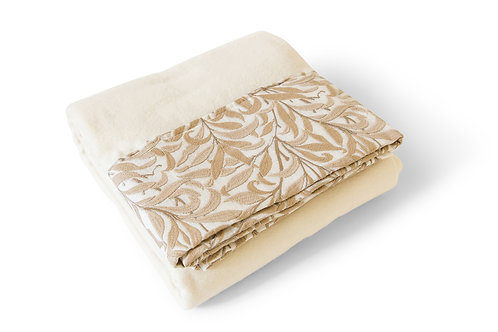 William Morris Willow Bough Embroidered Throw