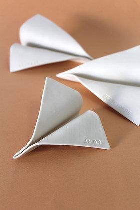 Mini avião em porcelana