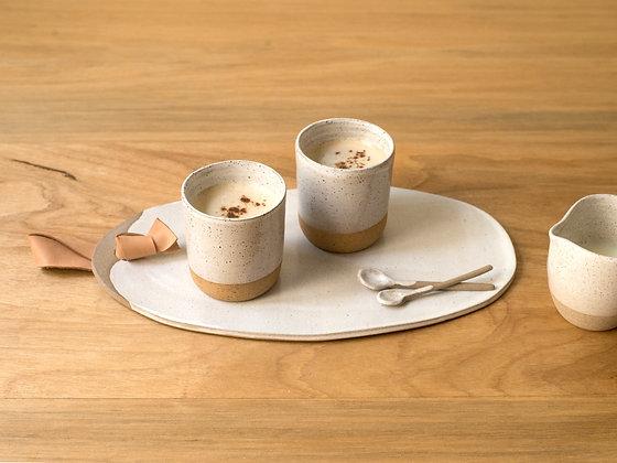 Dois copos de cappuccino