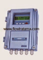 CLAMP ON TDS 100F Flowmeter