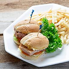 Macau Style Pork Chop Buns with French Fries 澳門豬扒包