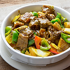 Curry Beef Stew 咖哩牛腩