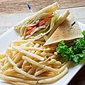 Turkey Sandwich with French Fries 火雞三文治