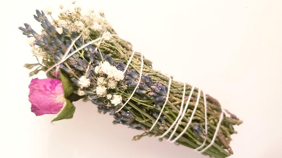 Juniper Floral Smudge
