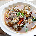 Clams in Spicy Sauce & Cilantro 香莤辣酒浸大蜆