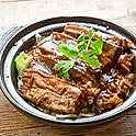Pork Belly with Preserved Veggie Clay Pot 梅菜扣肉煲