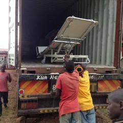 Sairaalasänky_Kisiissä_Keniassa.jpg