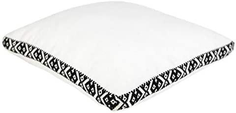 Graphic White Yastık