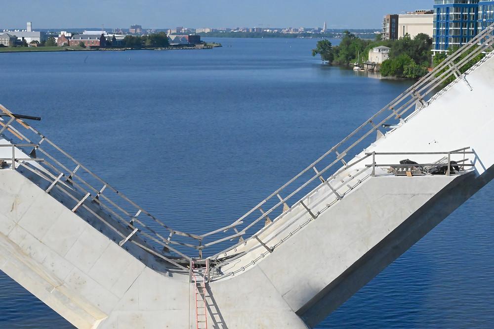 AECOM bridge construction project Anacostia River, Washington DC