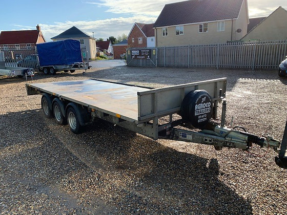 Ifor Williams LM166G3 Tri-Axle Flatbed Trailer