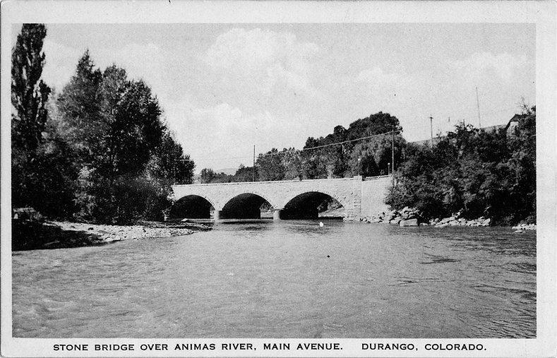Stone bridge over Animas River-FLC.jpg