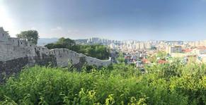 Hanyangdoseong (old city wall)