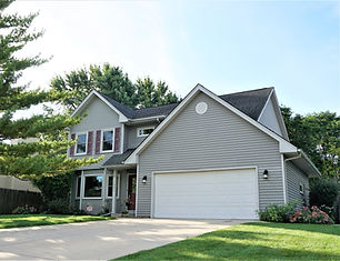 1331  Lawrence Ct Aurora 60504