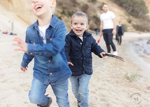 Dziecięca radość 💚💙 #sesjanadmorzem #s