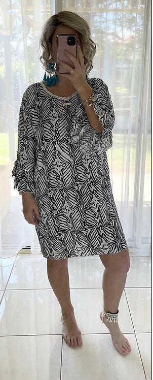 Embellished Dress - Black & White